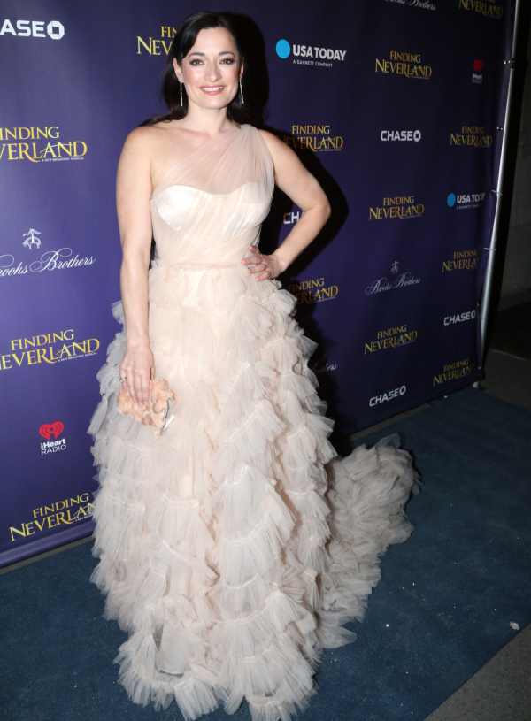 laura-michelle-kelly-in-marchesa-finding-neverland-opening-night-after-party