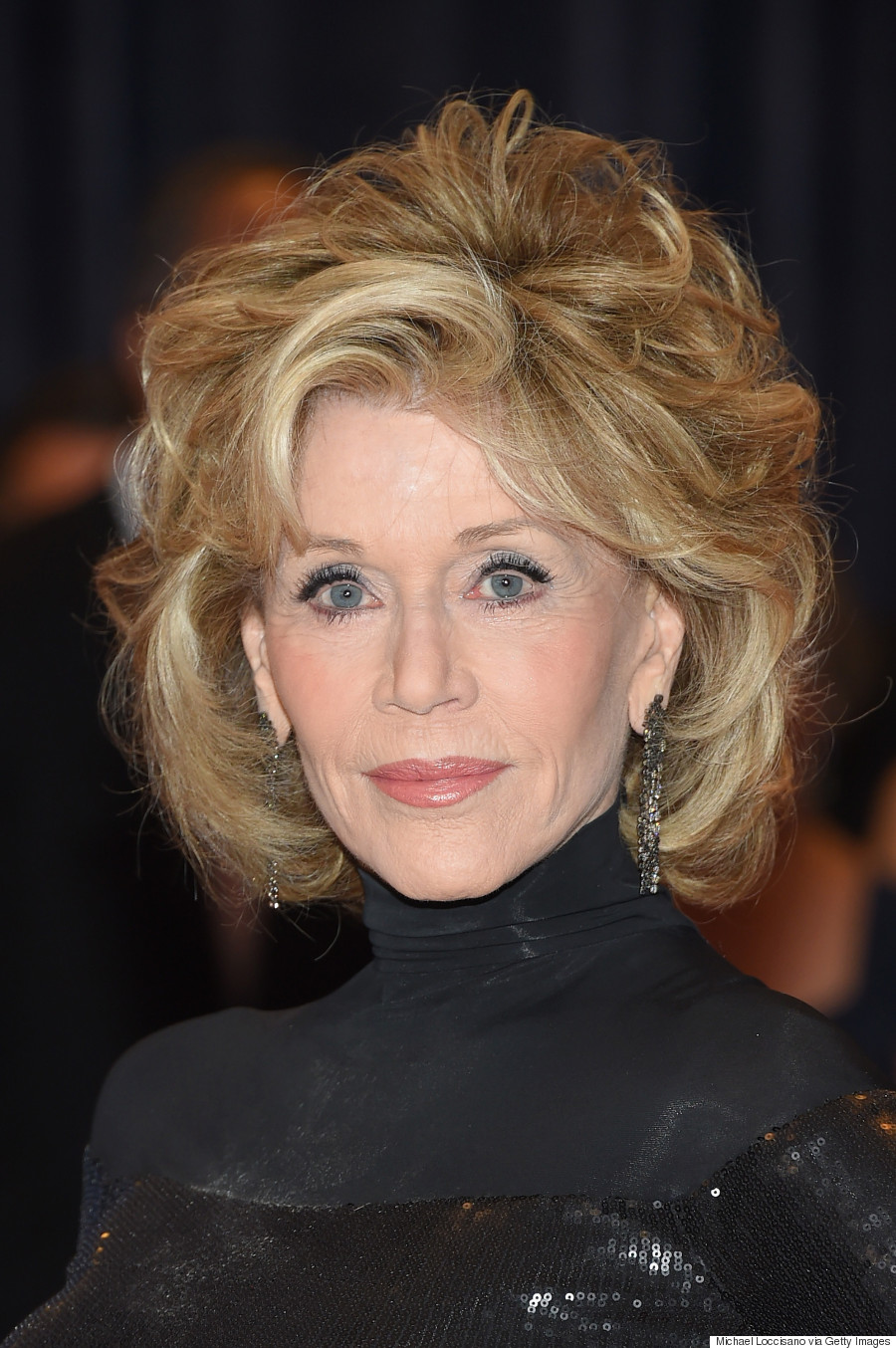 jane_fonda_in-donna-karan-white_house