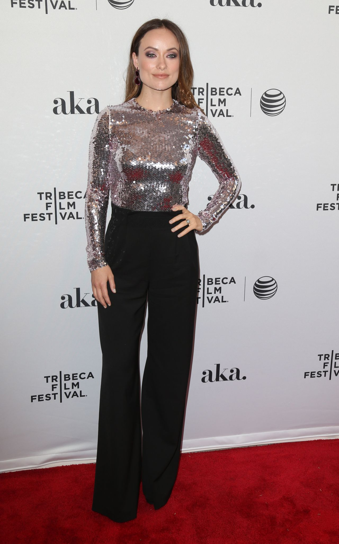 olivia-wilde-meadowland-premiere-at-2015-tribeca-film-festival_12