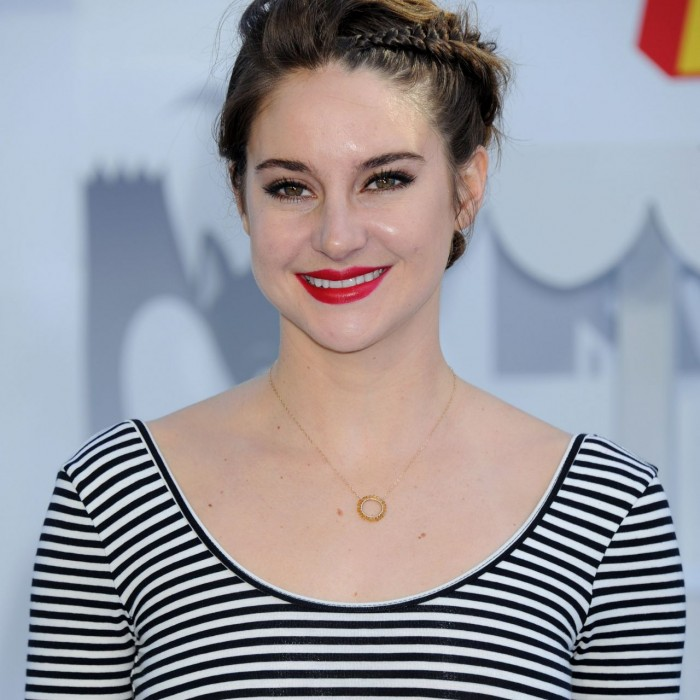 Get Shailene Woodley's 2015 MTV Movie Awards Make-up Look