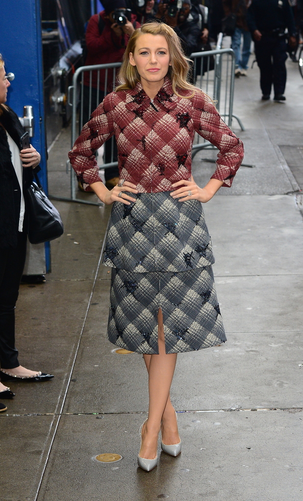 blake-lively-in-marc-jacobs-good-morning-america