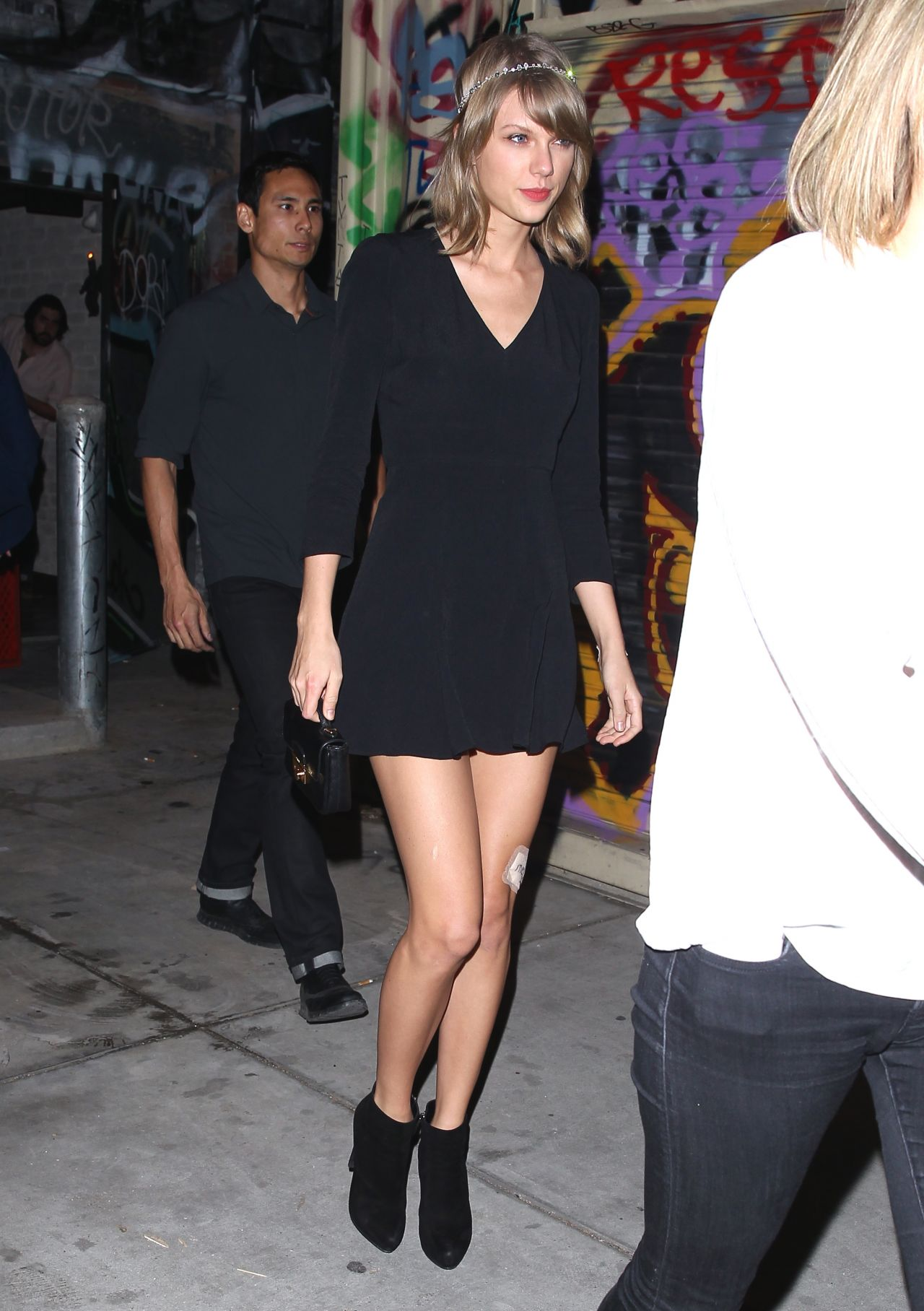taylor-swift-night-out-style-los-angeles-march-2015_4