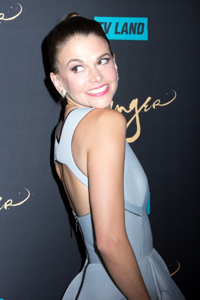 Sutton-Foster-in-Maticevski-at-the-Younger-LA-Premiere