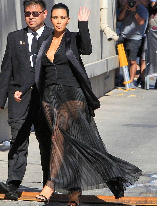 -Kim-Kardashians-Jimmy-Kimmel-Balmain-Spring-2015-Black-Pleated-Sheer-Skirt