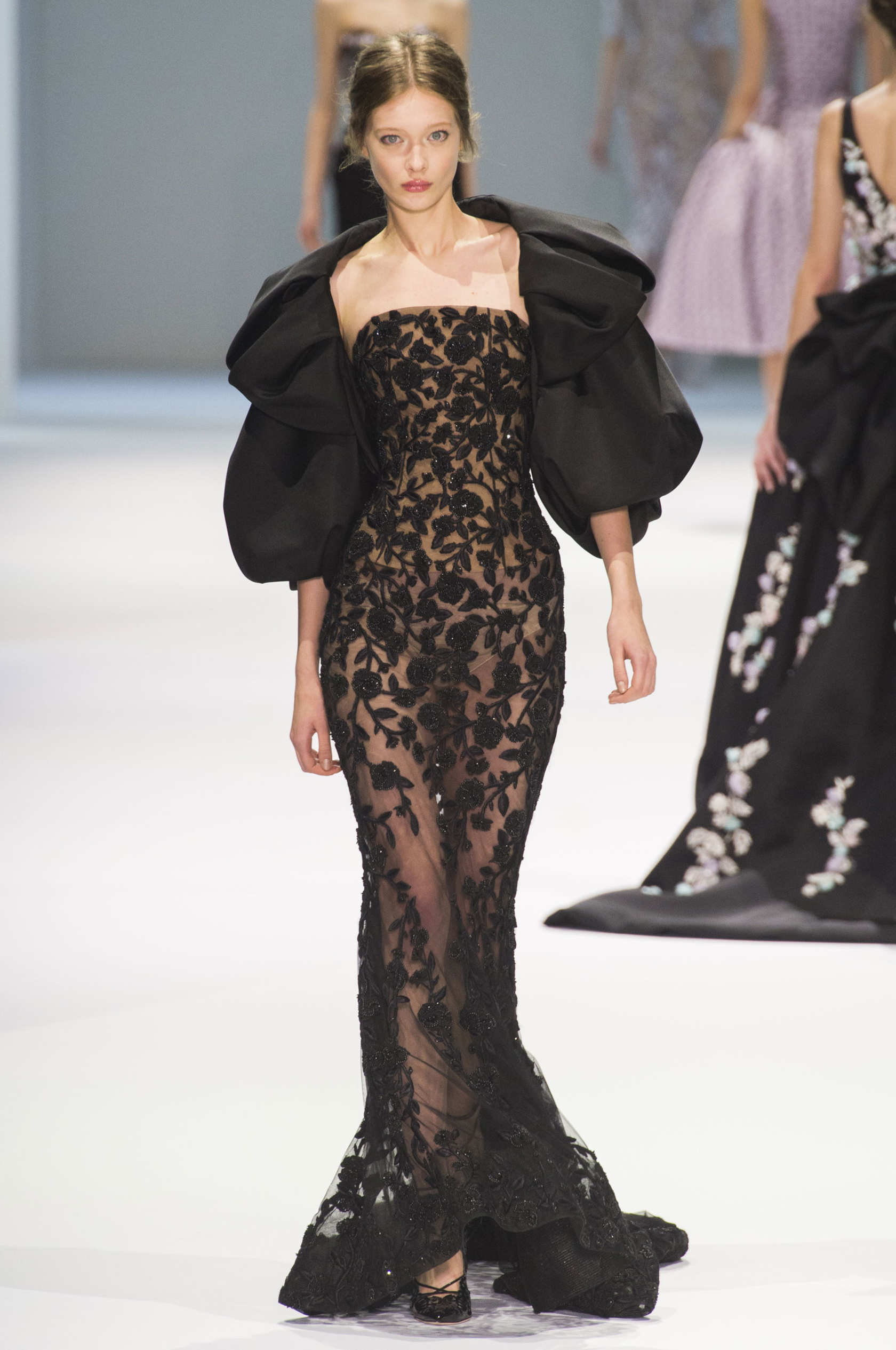 Spring 2015 Couture Ralph & Russo Collection