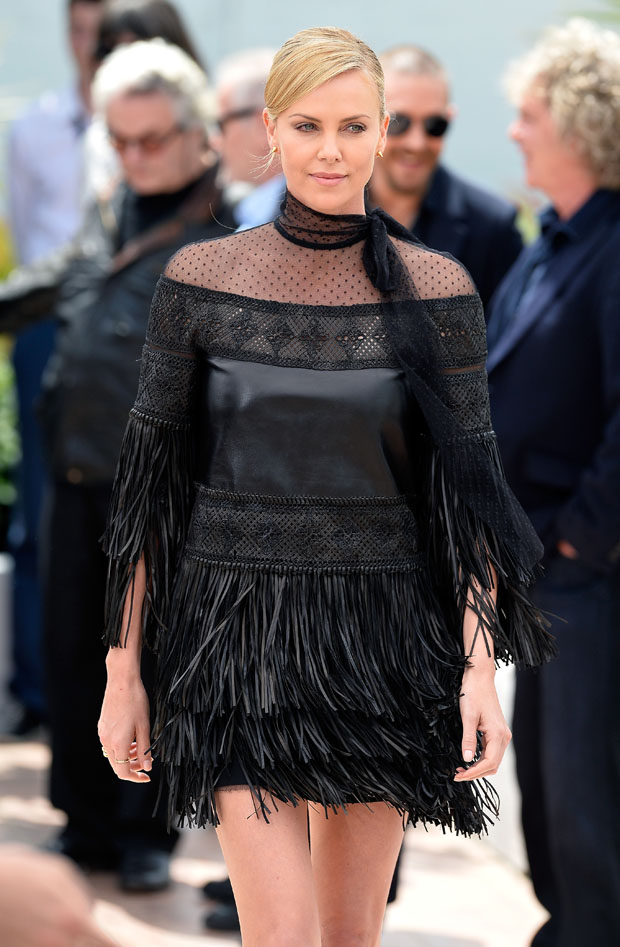 charlize-theron-in-valentino-mad-max-fury-road-cannes-film-festival-photocall