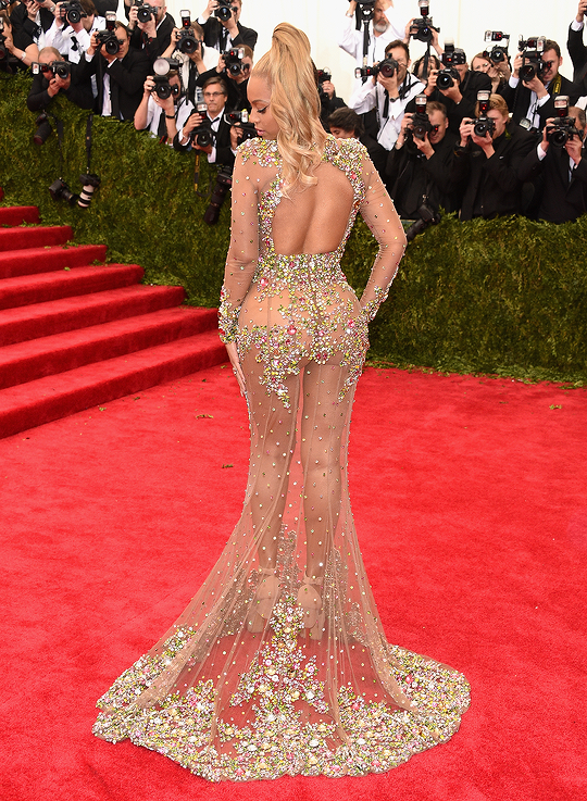 -Beyonce-2015-Met-Gala-Costume-Institute-Ball-Givenchy-Haute-Couture-by-Riccardo-Tisci-Tulle-and-Stone-Embellished-Sheer-Gown