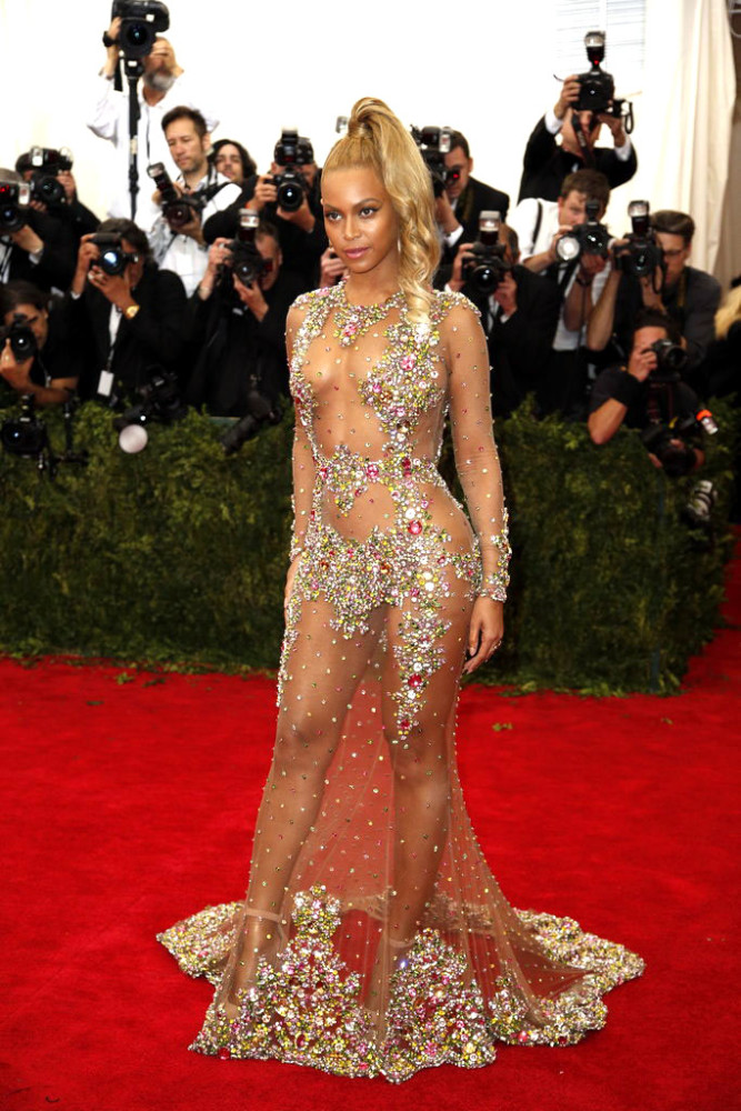Beyonces-2015-Met-Gala-Costume-Institute-Ball-Givenchy-Haute-Couture-by-Riccardo-Tisci-Tulle-and-Stone-Embellished-Sheer-Gown-