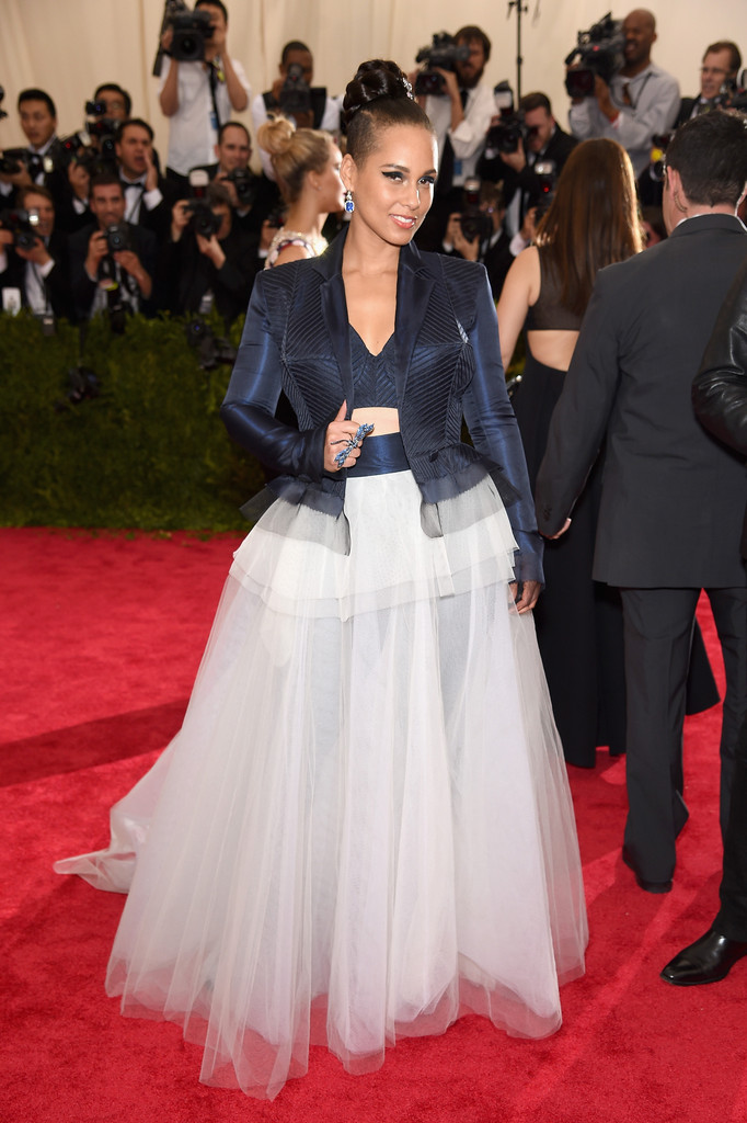 alicia-keys-jean-paul-gaultier-couture-2015-met-gala