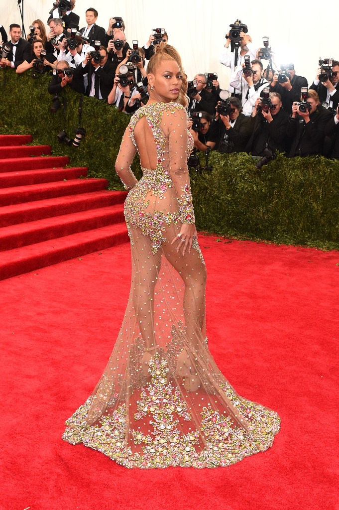 Beyonces-2015-Met-Gala-Costume-Institute-Ball-Givenchy-Haute-Couture-by-Riccardo-Tisci-Tulle-and-Stone-Embellished-Sheer-Gown