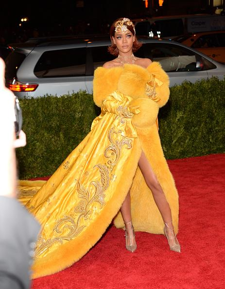 Rihanna-in-Gup-Pei-Couture-at-the-2015-MET-Gala