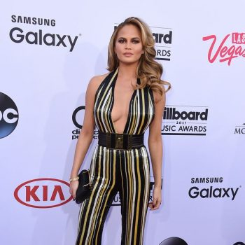 Chrissy-Teigen-attends-the-2015-Billboard-Music-Awards