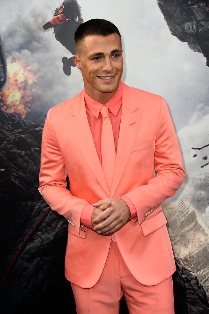 Colton-Haynes-San-Andreas-Premiere-2015-Style-Picture-Marc-Jacobs-Suit