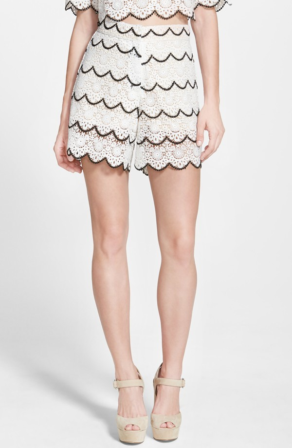 Demi-lovato-sister-jane-scalloped-lace-white-black-match-set-shorts