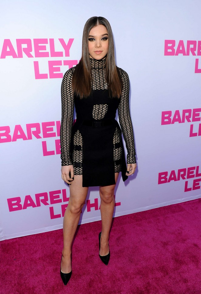 Hailee-Steinfeld--Barely-Lethal-Premiere-