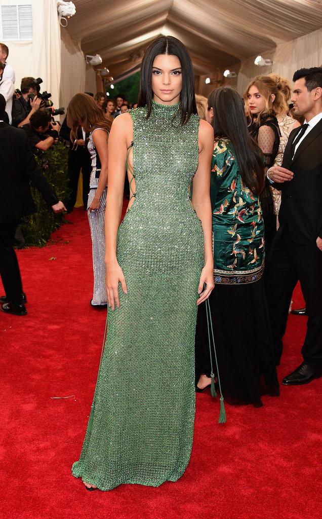 Kendall-Jenner-Calvin-Klein-Dress-Met-Gala-2015