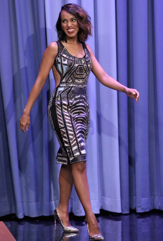 Kerry-Washingtons-The-Tonight-Show-with-Jimmy-Fallon-Falguni-Shawn-Peacock-and-Christian-Louboutin-Silver-Studded-Pumps-1