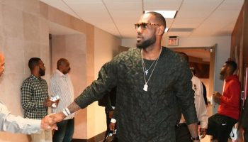Lebron-James-game-2015-nba-playoffs-31-Phillip-Lim-Stitch-Silk-Shirt-1