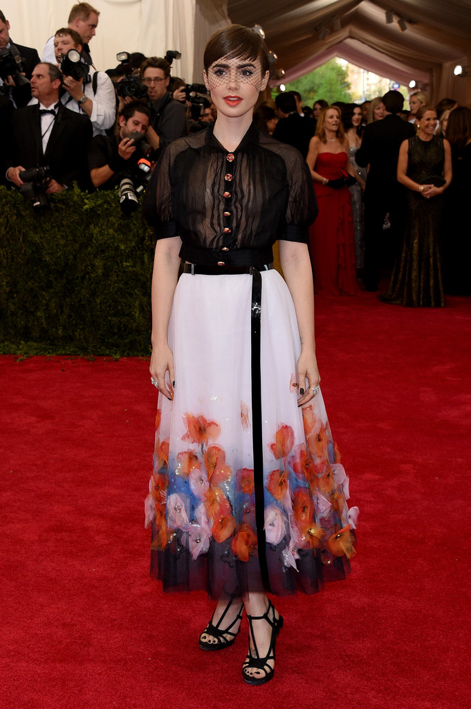 Lily -Collins -In- Chanel- Couture -at - 2015- Met- Gala