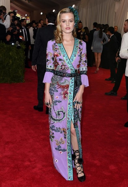 Georgia -May- Jagger-in-gucci-2015-met-gala