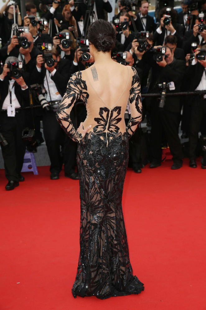 michelle-rodriguez-in-zuhair-murad-mad-max-fury-road-cannes-film-festival-premiere