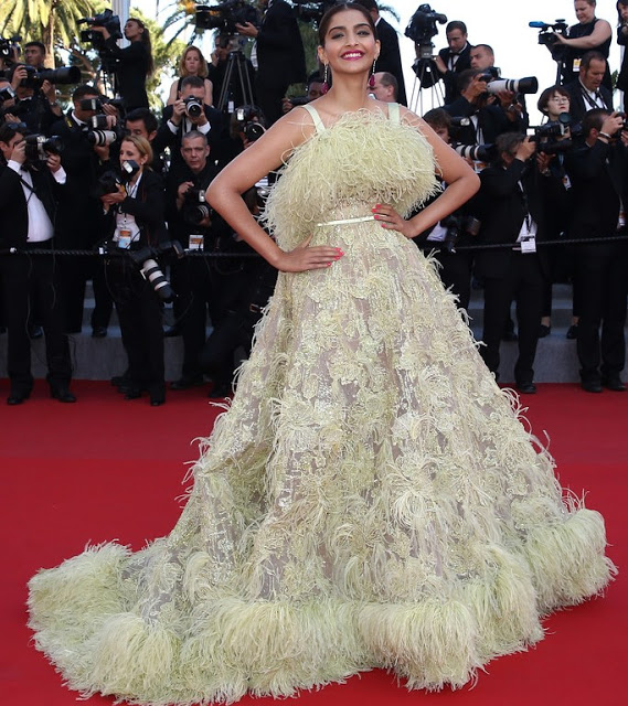 Sonam+Kapoor--Inside+Out+Premiere+68th+Annual+Cannes+Film