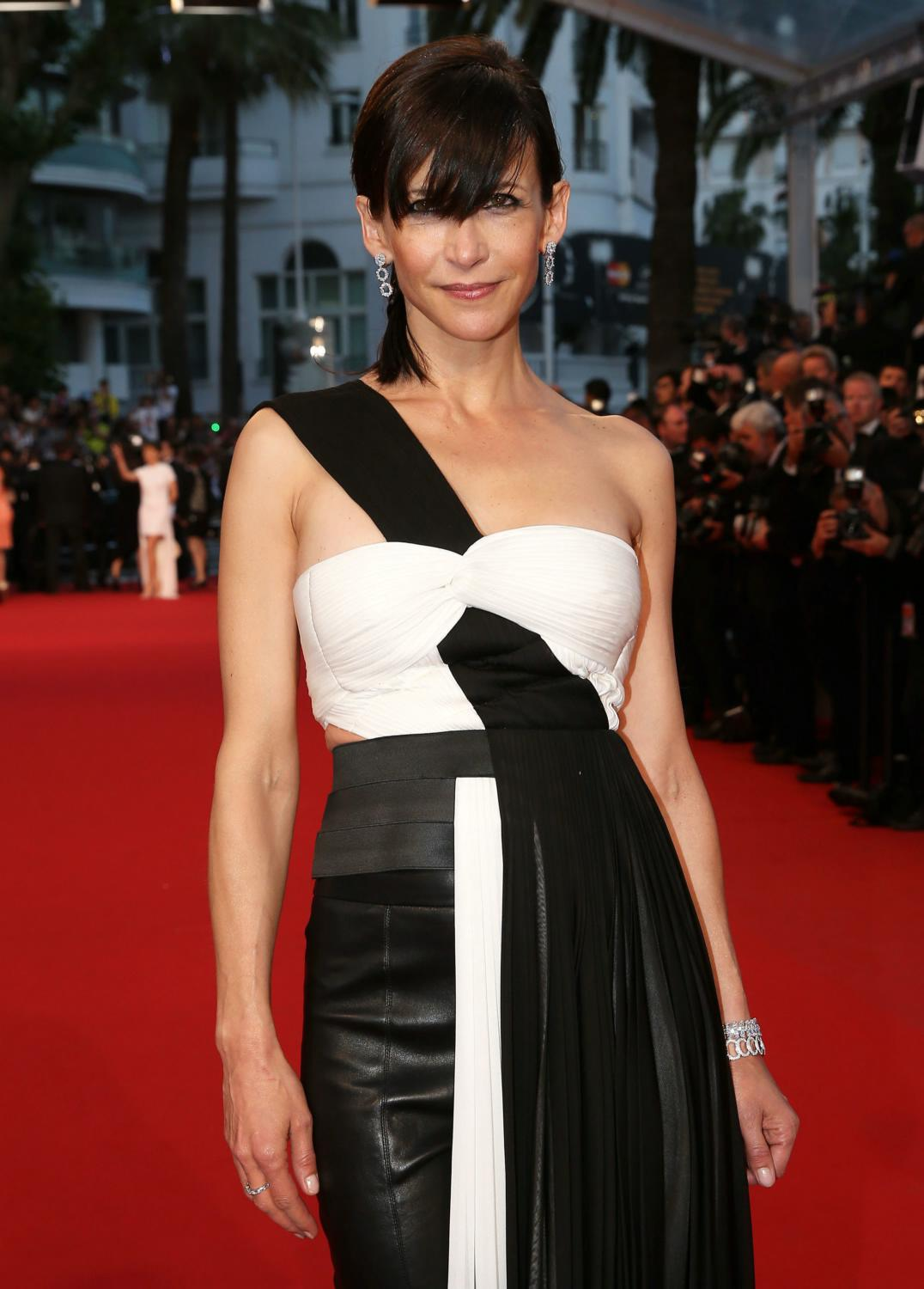 sophie-marceau-at-cannes-sea-of-trees-premiere-may-1