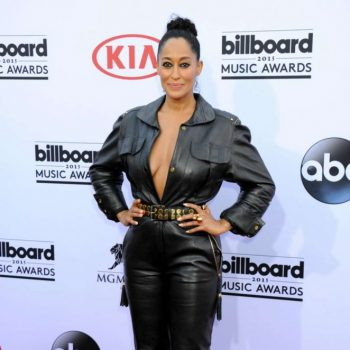 Tracee-Ellis-Ross-Billboard-Music-Awards-2015-01-662×988