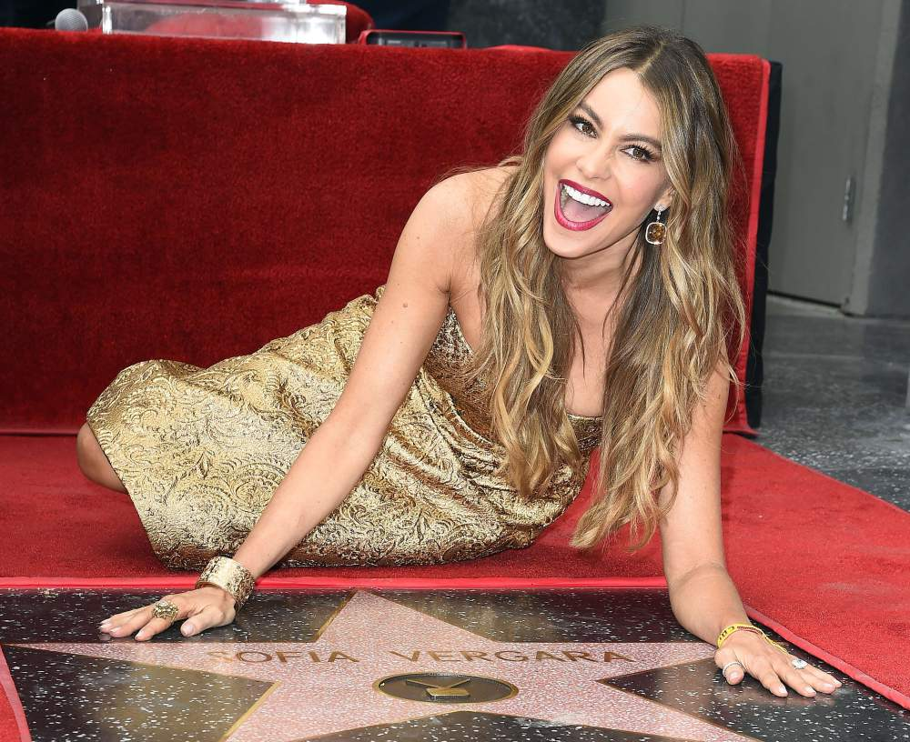 sofia-vergara-in-romona-keveza-hollywood-walk-of-fame-ceremony