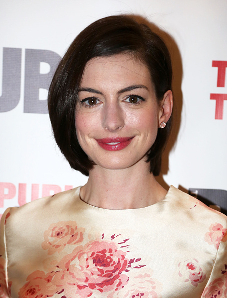anne-hathaway-in-vilshenko-grounded-opening-night-party
