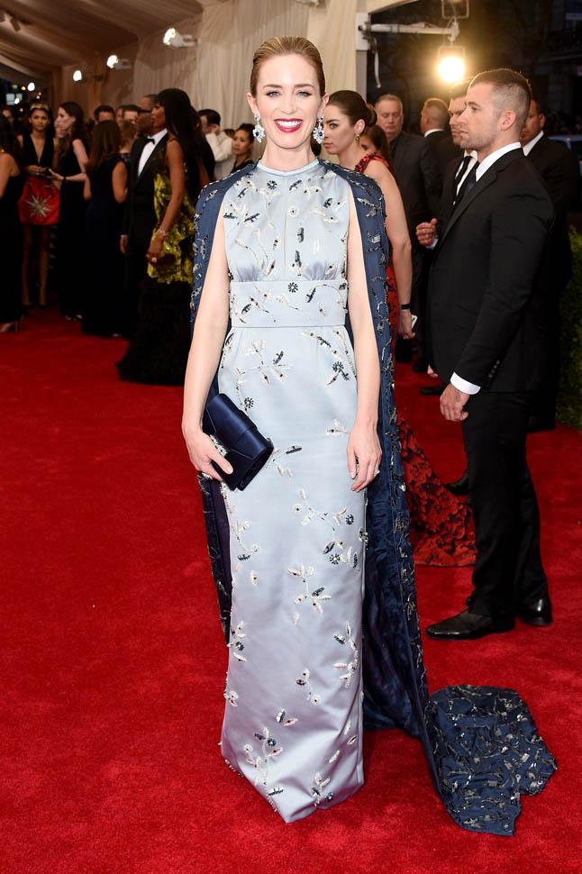Emily-Blunt-in-Prada-at-the-2015-Met-Gala