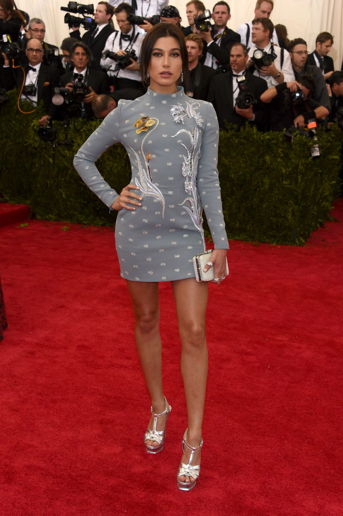 hailey-baldwin-at-met-gala-2015-in-new-york_1