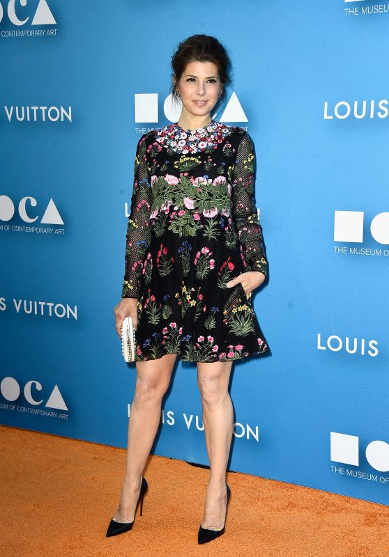 marisa-tomei-2015-moca-gala-in-los-angeles_1_thumbnail-1