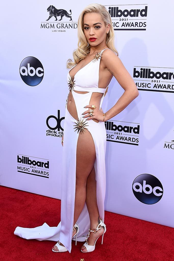 rita-ora-2015-billboard-music-awards-red-carpet