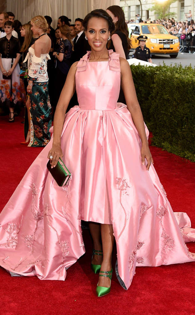 Kerry-Washington-in-Prada-at-the-2015-MET-Gala