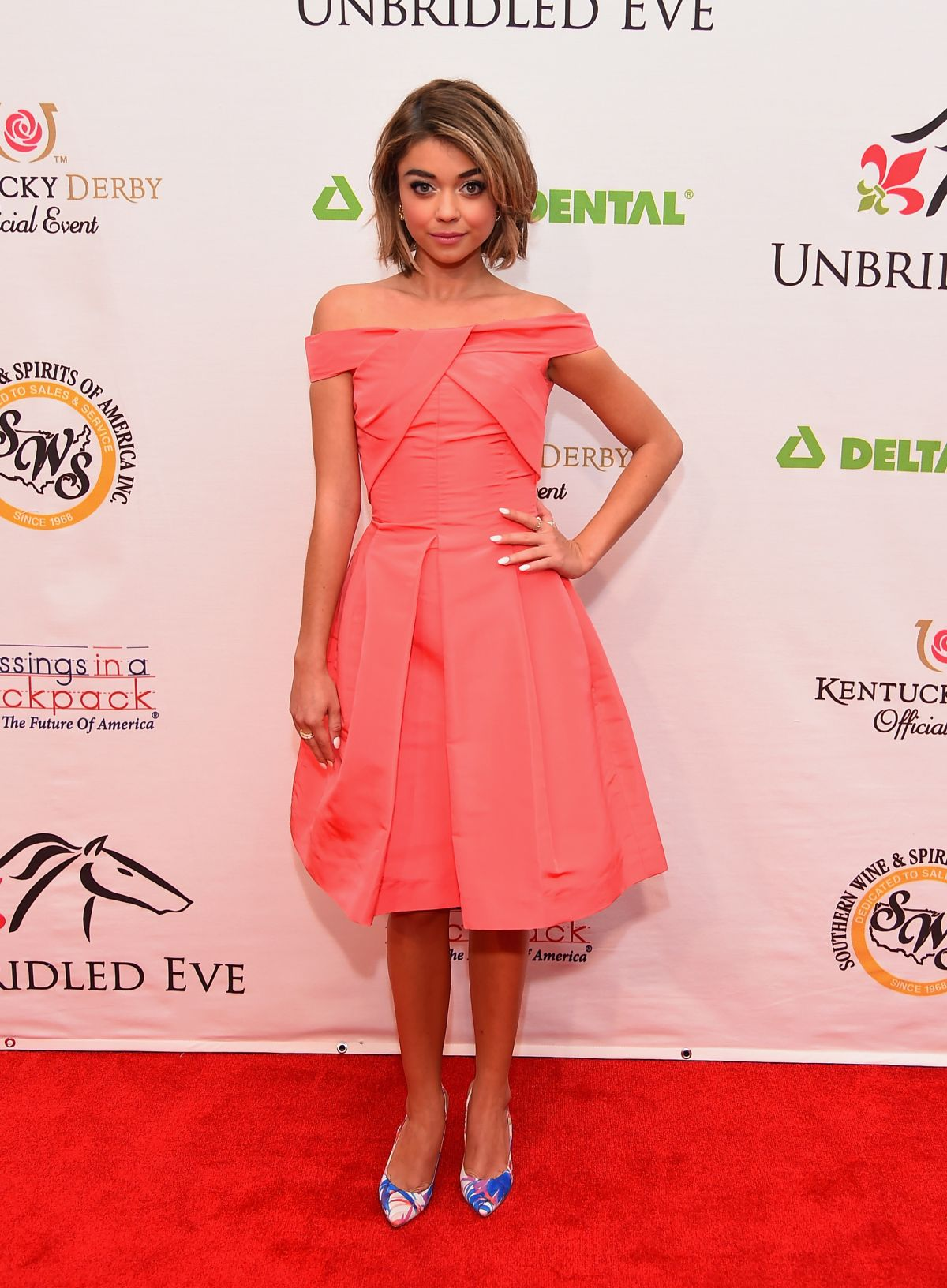 sarah-hyland-at-141st-kentucky-derby-unbridled-eve-gala_