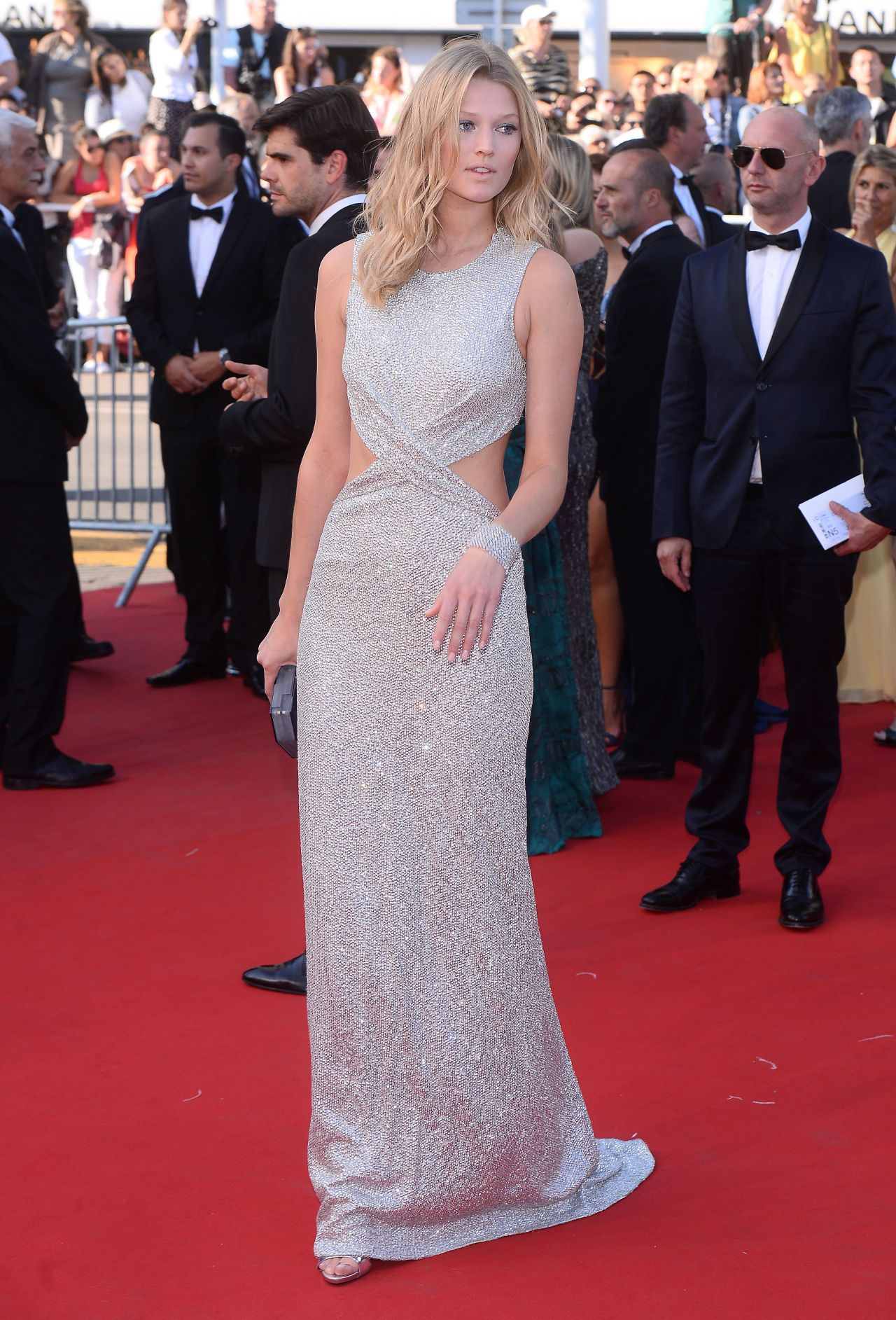 toni-garrn-the-little-prince-premiere-68th-annual-cannes-film-festival_