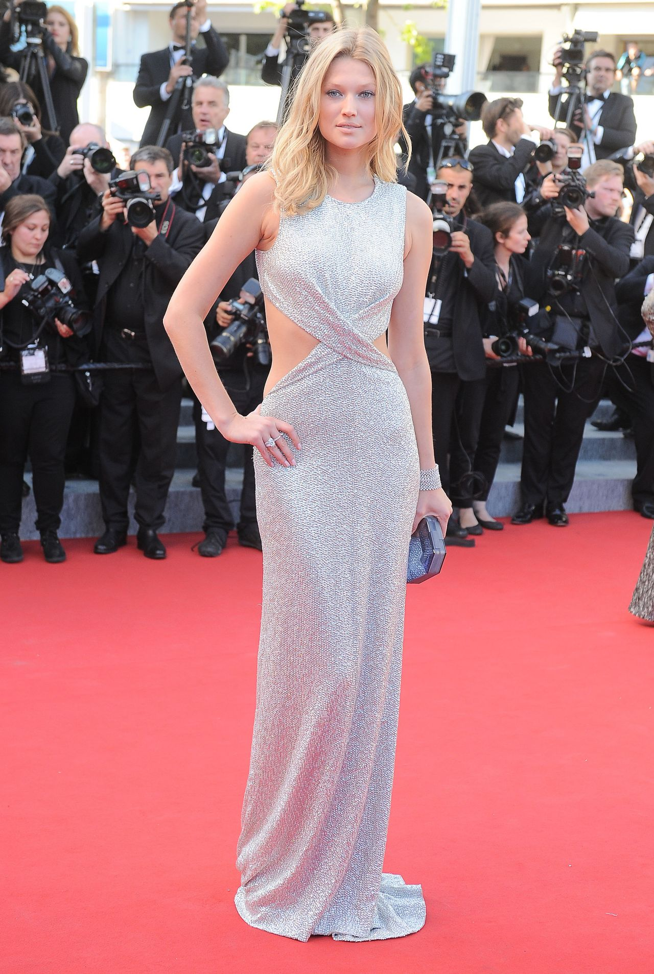 toni-garrn-the-little-prince-premiere-68th-annual-cannes-film-festival_4