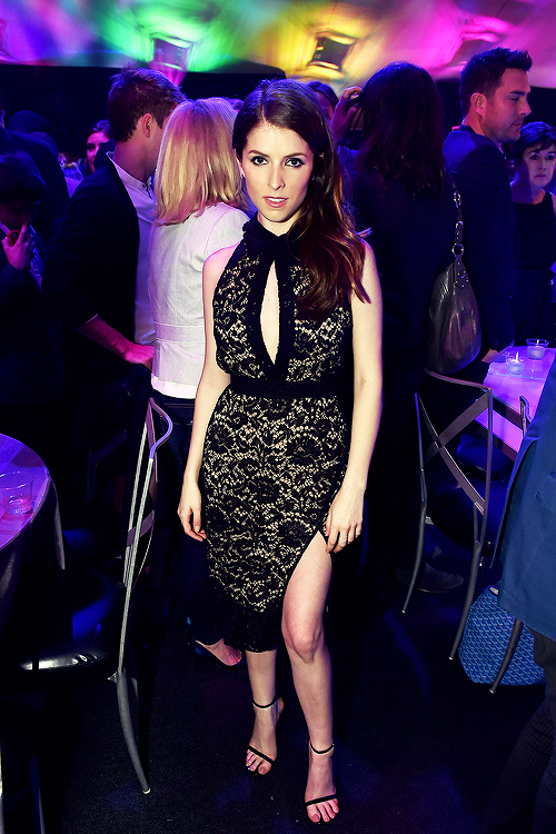 anna-kendrick-in-altuzarra-pitch-perfect-2-after-party