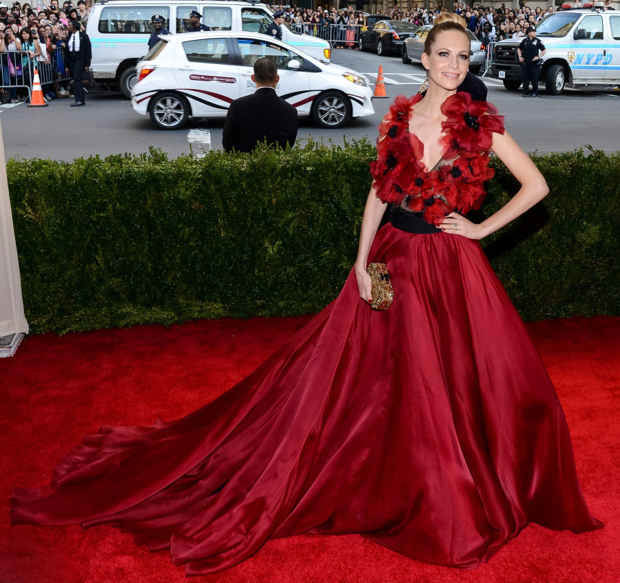 Poppy Delevingne in Marchesa at the 2015 MET Gala