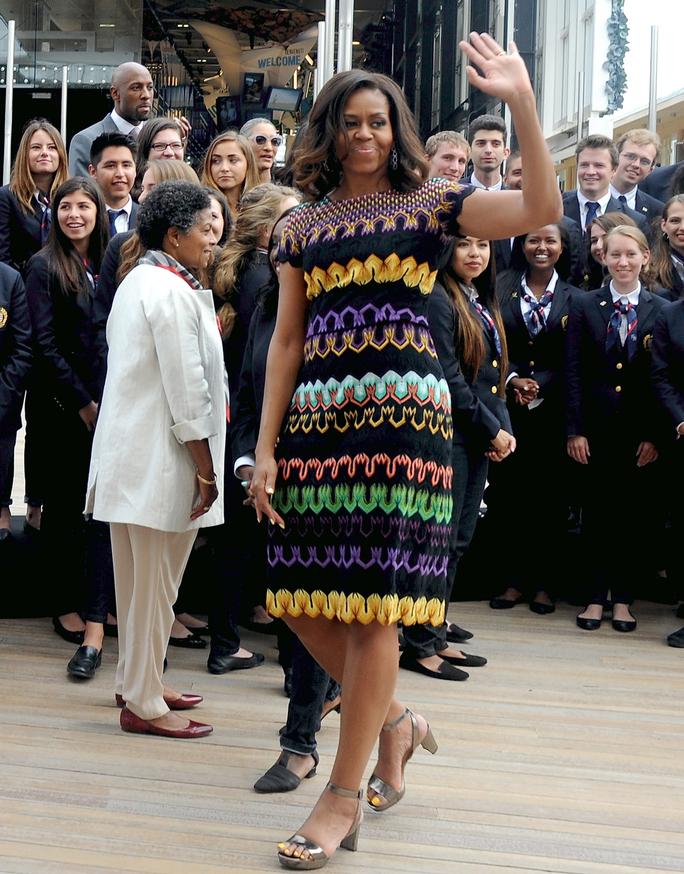 michelle-obama-in-missoni-visiting-italy