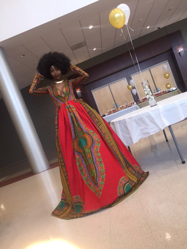 High-School-Senior-Kyemah-Mcentyre-Makes-Waves-With-Afrocentric-Prom-Dres-fashion-sizzlers
