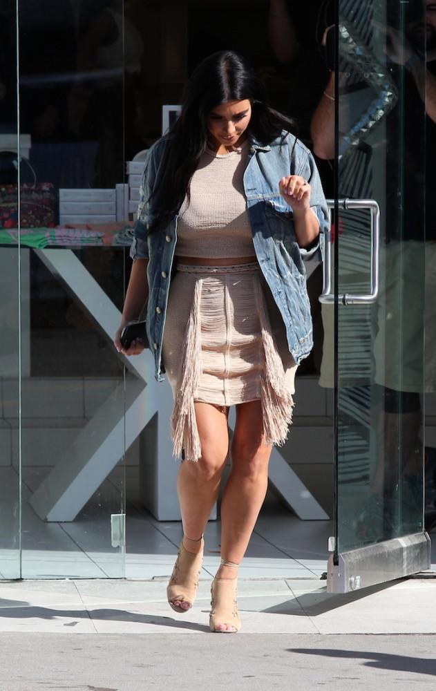 Kim -Kardashian- seen- at- DASH -store -in- West -Hollywood-june-16-2015
