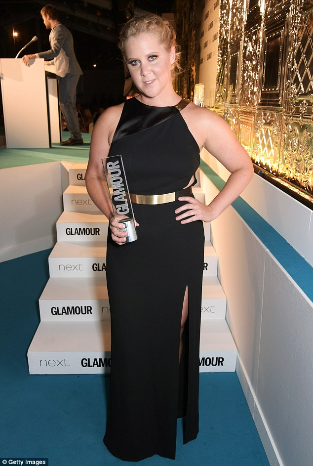 Amy- Schumer-glamour-women-year-awards-berkeley-square-gardens-london