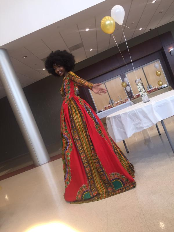 High-School-Senior-Kyemah-Mcentyre-Makes-Waves-With-Afrocentric-Prom-Dress-fashion-sizzler