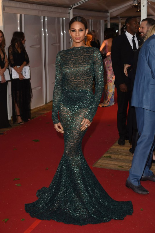 ALESHA-DIXON-Glamour-Women-of-the-Year-Awards-2015-in-London-6-535x802