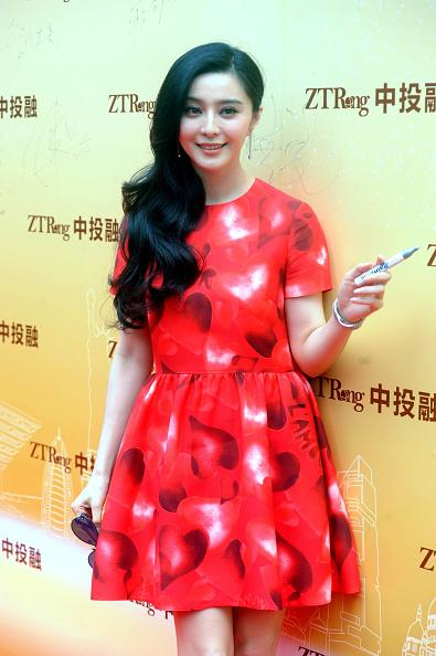 fan-bingbing-in-valentino-ztrong-commercial-event