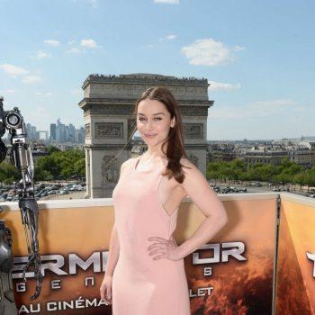 Emilia-Clarke-Terminator-Genisys-Photocall-15-662×994
