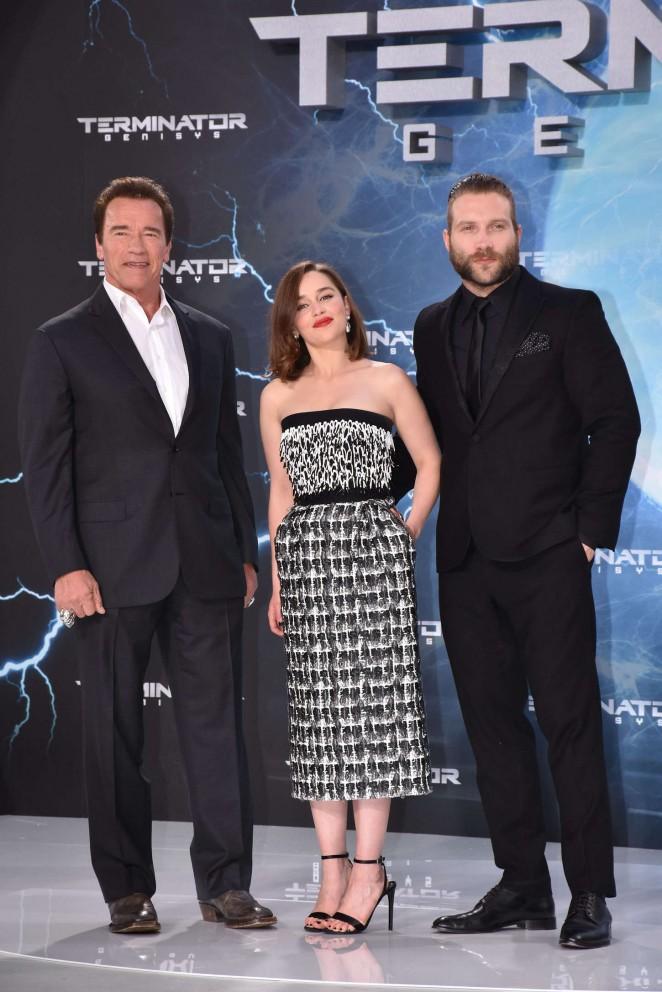 Emilia-Clarke--Terminator-Genisys-Premiere-