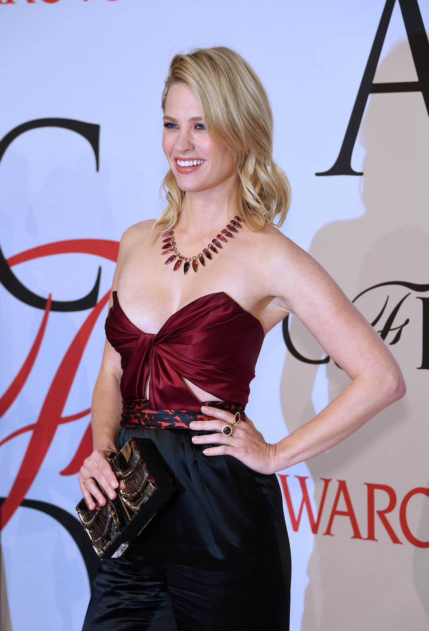 January-Jones-2015-CFDA-Fashion-Awards-NY-2